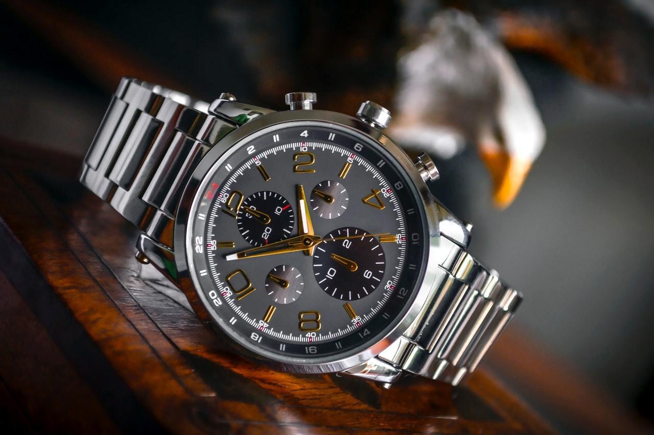 Titanium vs stainless steel watches